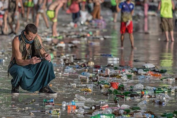 this-is-the-aftermath-of-a-full-moon-party-in-thailand
